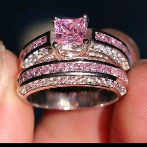 🎀5 ct. 10k & 925 Pink & White Sapphire Ring